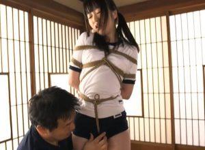 もちもち色白素肌 10代の身体を体操服の上から縄で縛って何度も絶頂させる