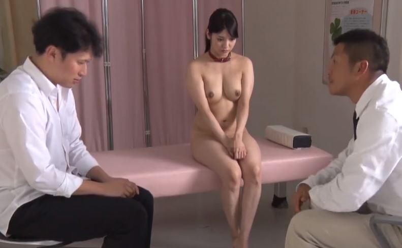 【JK全裸】男子生徒に女子の胸を強制的に触らせる変態教師@保健室 みづなれい