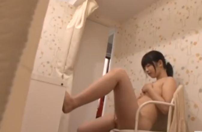 【ロリ】引退したIV女優の禁断のオナニー動画 今だからみれるロリ娘の激しい自慰盗撮 渚野洋子